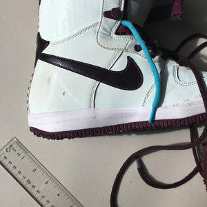 Nike Zoom Force 1 Wind & Wine Snowboard Boots